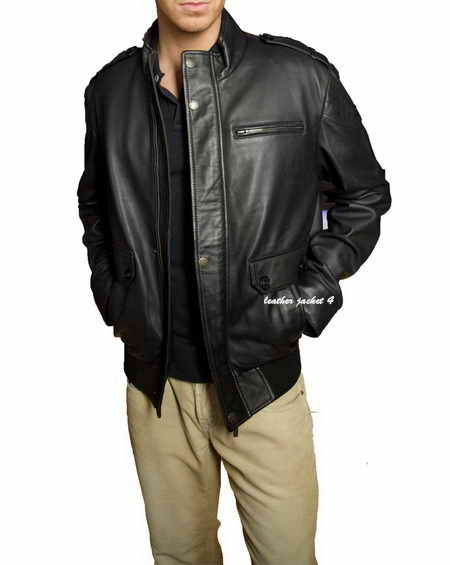 Give your casual looks a smart finish in this leather jacket