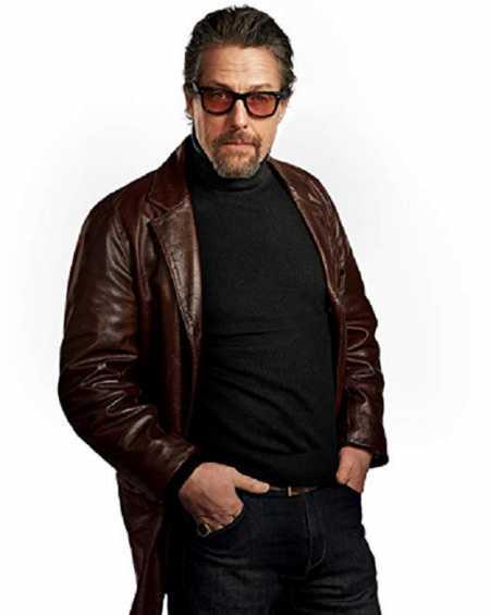 Hugh Grant The Gentlemen Coat