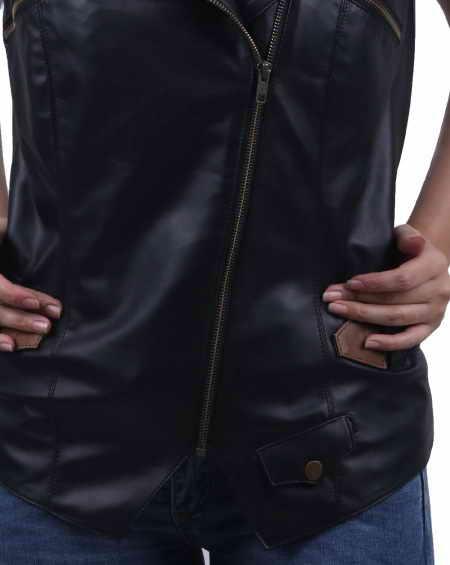 Women sleeveless jacket